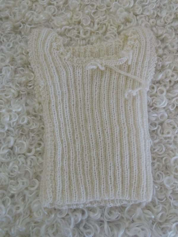 Babyunterhemd aus Mohair
